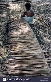 vanuatu tanna island sulphur bay village woman making with others