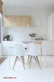 meuble cuisine bois cuisine en bois rangements de cuisine ouvert avec placards et