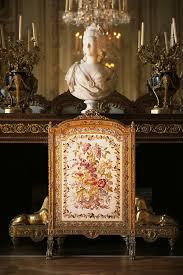 chambre antoinette cheminée dans la chambre à coucher de la reine antoinette au