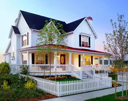 victorian farmhouse style 18 ways to improve the curb appeal of your home picket fences