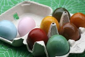 Easter Egg Decorating At Home eco friendly easter egg decorating ideas crayons and croissants