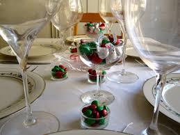 simple christmas table settings christmas table decorations