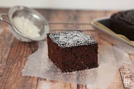 paleo chocolate cake recipe with coconut flour