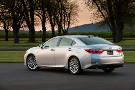 price of 2012 lexus es 350 first drive 2013 lexus es 350 and es 300h hybrid autosavant
