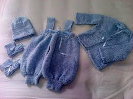 Roupas de tricô para crianças