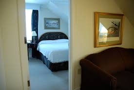 two room suite w fireplace u0026 whirlpool harraseeket inn