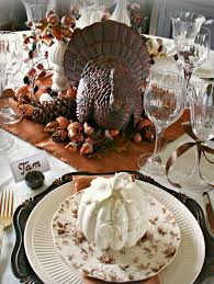 thanksgiving turkey centerpiece 15 stylish thanksgiving table settings thanksgiving