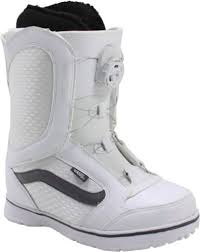 womens vans boots vans womens encore boa snowboard boots white 7 nwt what s it worth
