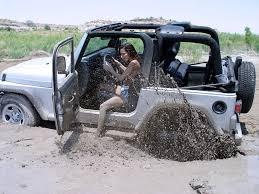 muddy jeep girls 13 wrangler stuck jpg