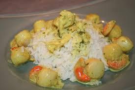 cuisiner des noix de jacques petites noix de st jacques au curry coriandre et échalotes de