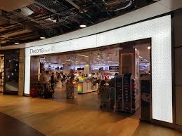 guide to business gaming and experiential learning experiential retail heathrow t3 becomes the template for dixons