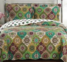 Geometric Coverlet Amazon Com Quilt Coverlet Set King Cal King Oversized Moroccan