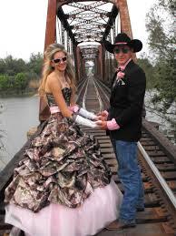 camo bridesmaid dresses cheap camo wedding ideas on a budget camo wedding ideas cheap wedding