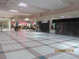 100 southridge mall thanksgiving hours merle hay mall home