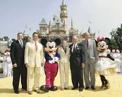 si e social disneyland mickey mouse character britannica com