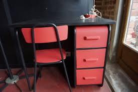 bureau enfant metal bureau enfant rosycabroc design industriel