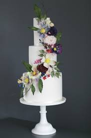 wedding flowers ayrshire happyhills cakes creative indulgent handmade wedding occasion
