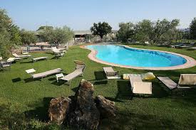 hotel with pool in castagneto carducci and near bolgheri zi martino