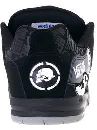 metal mulisha motocross helmet etnies black skulls metal mulisha cartel shoe etnies