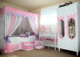 Princess Style Bedroom Furniture by White And Pink Princess Bed Canopy Princess Bed Canopy Style