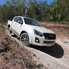 isuzu dmax 2015 2017 isuzu d max review practical motoring