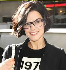 hairstyles glasses round faces short hairstyles for round faces and glasses find hairstyle