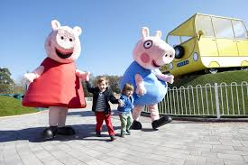 paultons park peppa pig world meadow view bell tents