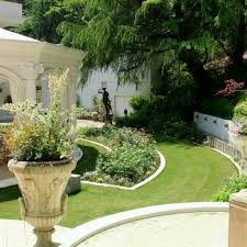 Home Design With Garden varyhomedesign