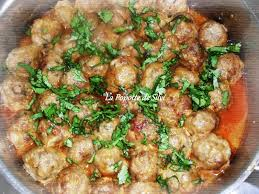 cuisiner des boulettes de boeuf boulettes de viande hachée sauce a l ail la popotte de silvi
