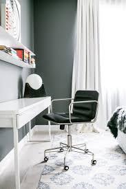 Office Furniture In Los Angeles Ca A Bright Duplex In Los Angeles California