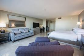 hton bay floor l doubletree by hilton grand hotel biscayne bay 138 1 8 8