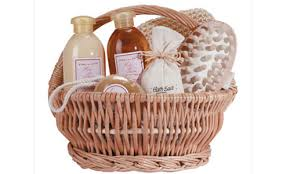 gift sets for women 5 amazing bath gift sets that are great for a spa experience