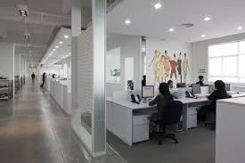 Small Sized Office Interior Design To Boost The Productivity - Modern office interior design