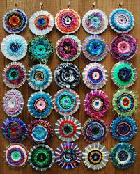 cd weaving http makeitawonderfullife blogspot com 2011 11 cd