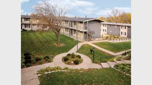 1 Bedroom Townhouse For Rent Courtyard 72 Apartments For Rent In Omaha Ne Forrent Com