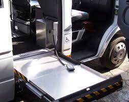 pedana per disabili trasporto per disabili noleggio pullman minibus e trasporto