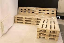 fabriquer un canap en palette tuto un canapé d angle en palettes