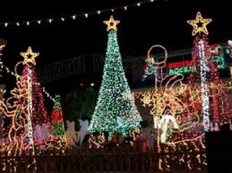 homes with the best holiday lights near east northport northport