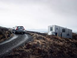 the volvo site volvo reveals v90 cross country luxury hefty lifted wagon