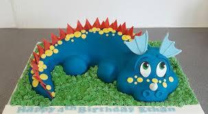 dinosaur birthday cakes dinosaur cake puttycakes