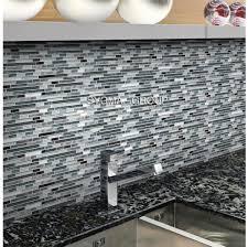 carrelage cuisine mosaique carrelage en verre pour mur de cuisine mv svelta sygma