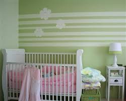 peinture bebe chambre peinture chambre bébé idée déco chambre bébé la couleur la