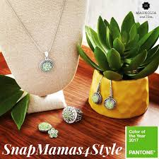 snapmamas4style pantones color of the year 2017 greenery takes