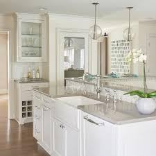 quartz kitchen countertop ideas best 25 quartz countertops ideas on quartz kitchen