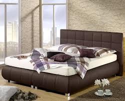 Schlafzimmer Ideen Mit Schwarzem Bett Schlafzimmer Mit Schwarzem Bett Raum Haus Mit Interessanten Ideen