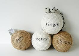 make stamped burlap ornaments