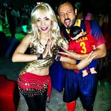 Family Halloween Costumes Uk Shakira Halloween Costumes Popsugar Latina