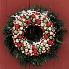 ball and light wreath martha stewart