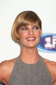 bib haircuts that look like helmet she can do no wrong bob linda evangelista 1996 louise brooks
