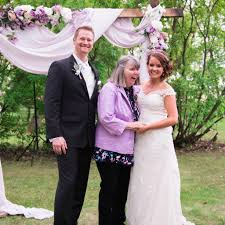 Wedding Plans Bride Changed Her Wedding Plans For Mom With Alzheimer U0027s